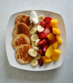 beautifulfoodisamust:  peanutbutterandpilates: best breakfast i've ever had!