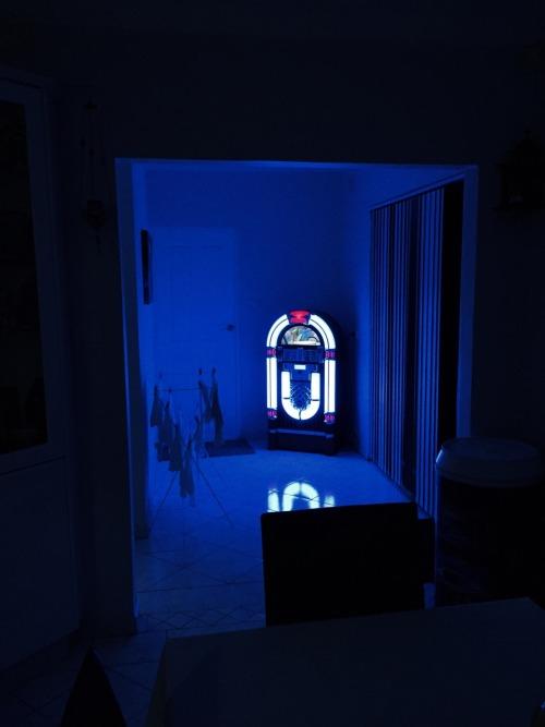 neon glow glow glow blog glow in the dark dark neon blue blue glow dark glow grunge grunge glow blackness