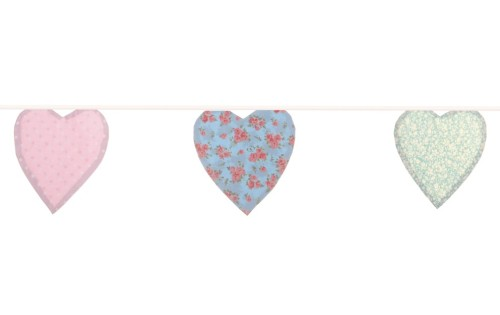 This gorgeous English Floral Heart bunting is now just £9.45, originally £18.75! What a bargain!