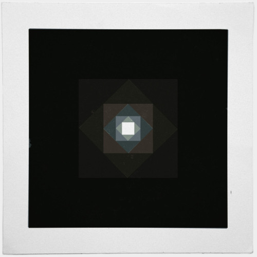 #361 Graced with light part III (square) – The final part of the tryptich for christmas. – A new minimal geometric composition each day