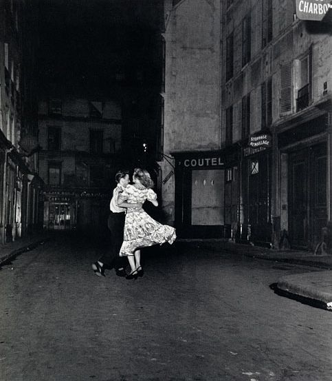 the-smoking-monkey:  Robert Doisneau photography.