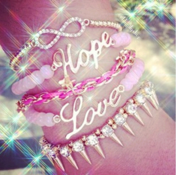 Bracelets | via Facebook on We Heart It - http://weheartit.com/entry/61583329/via/angela_martinez_1   Hearted from: https://m.facebook.com/#!/photo.php?fbid=535223399868951&id=419891058068853&set=pb.419891058068853.-2207520000.1368663743.&__user=100004258472259