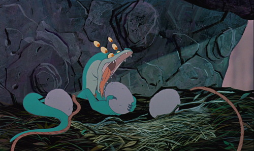 "In The Rescuers Down Under, when Joanna tries to bite into the ""eagle eggs"" the first time, she very briefly has three pairs of eyes when her head comes down."