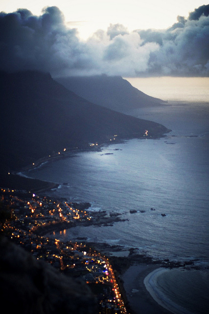 silent-cities:  capetown_10.jpg_effected-001 by Making Magique on Flickr.
