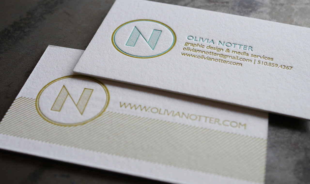 Graphic designer, Olivia Notter, had us letterpress print these fantastic double sided business cards. The color combination and unique design made these one of our favorites. Thin lines and patterns generally look very nice with the letterpress printing process.