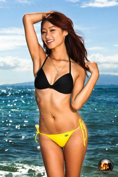 elizabethtran626:  Great day for the beach, yes?(: Model: Elizabeth Tran