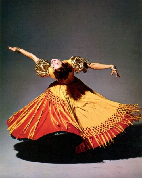 """ladybegood:""""Cyd Charisse photographed by Clarence Sinclair Bull, 1949"""""""
