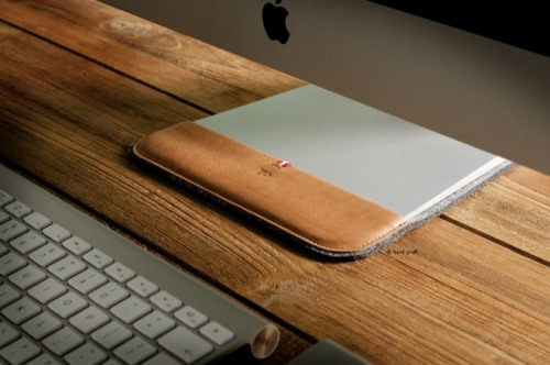 airows:  Hard Graft iMac Slipper