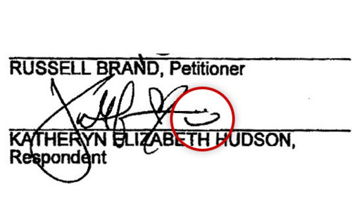 hotncolds:  remember when Katy signed her divorce papers with a smiley face