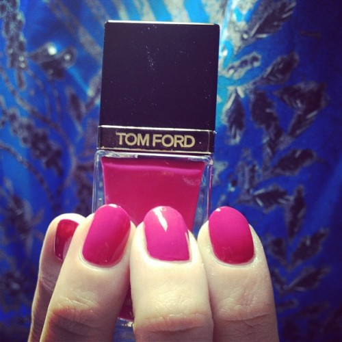 #TomFord Fever Pink #nailpolish is my new obsession 😍 (at Hey, Nice Nails!)