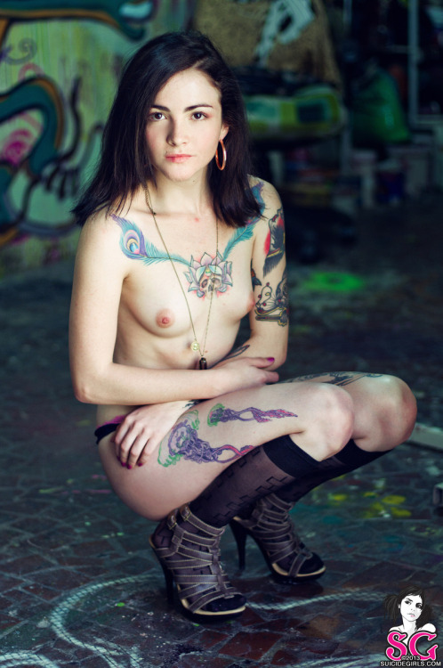 "suicidegirls:  Lethal In ""El Taller"""