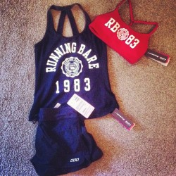 Stop shopping Fiona #gym #workoutclothes #lornajane #shopping #canthelpmyself #purseisabitlighternow #whoops