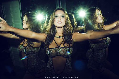 aceofla:  Splitting dimensions with Justene Jaro..