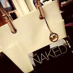 Graduation presents to myself ❤ #me #itainttrickinifyougotit #naked #mk #michaelkors #ibroughtithoe #urbandecay