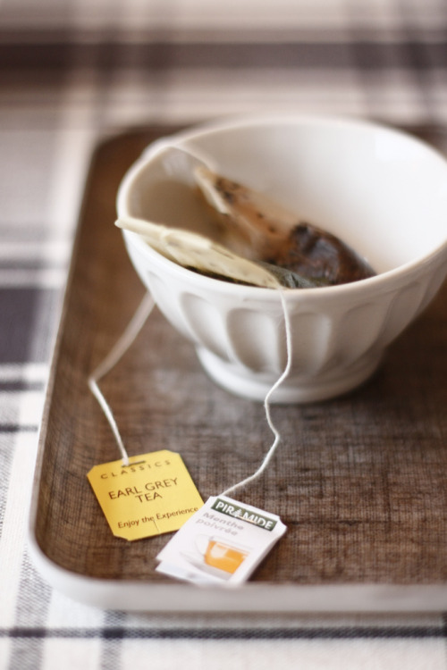 pictureperfectforyou:  After dinner tea (door souvenirs du passé récent)