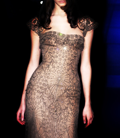 fuckyeahfashioncouture:  Elie Saab Haute Couture Fall-Winter  2005.