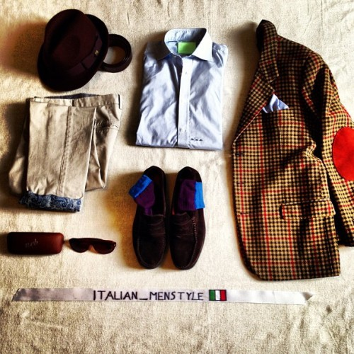 italianmenstyle:  Dandy Thursday #tailormade #wool #blazer #trouser #etro #shirt #handmade #shoes #borsalino #gallo #web #sunglasses