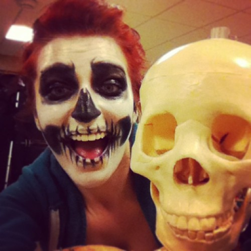 Me and muh best frand 💀#skull #facepaint #photoshoot (at Visual Performing Arts Center @ Endicott College)