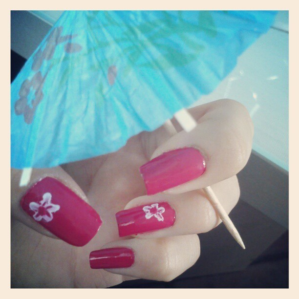 #instagood #instalove #nails #pink  #umbrella  #friends #funnytime #beautiful #