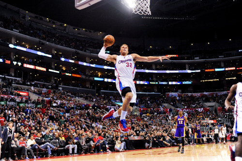 nba:  Blake Griffin of the Los Angeles Clippers dunks against the Los Angeles Lakers at Staples Center on January 4, 2013 in Los Angeles, California. (Photo by Noah Graham/NBAE via Getty Images)
