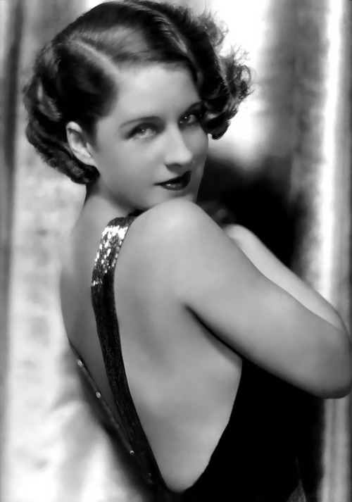 old-hollywood-stars:  Norma Shearer Born: Edith Norma Shearer August 10, 1902 in Montréal, Québec, Canada Died: June 12, 1983 (age 80) in Woodland Hills, Los Angeles, California, USA