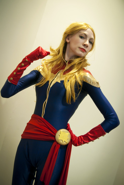 Kickass Captain Marvel cosplayer! via nararouge:  First real photo of my Captain Marvel that I wore at Ohayocon 2013! Not many photos yet. We're going to be doing a big awesome photoshoot at the Wright-Patterson Air Force Museum/the National Museum of the US Air Force when it gets a bit warmer, since it is located less than 2 hours away! YOU GUYS CAN PROBABLY IMAGINE MY EXCITEMENT AND ANTICIPATION FOR THAT SHOOT.  Should also have pics of a Captain Marvel + Black Widow shoot by Lionel up in the next week or so~ —————————————————————————————————————————————— Model/cosplayer (and hair/makeup) - Me (main blog) Costume made by Sarah @ Lake Fairy Creations Photo by Swoz
