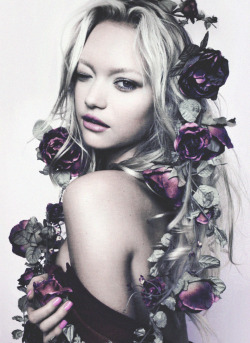 deprincessed:  Dark Romance: Gemma Ward surrounded by an amass of flowers on the cover of i-D September 2007: The Offspring Issue, shot by Emma Summerton