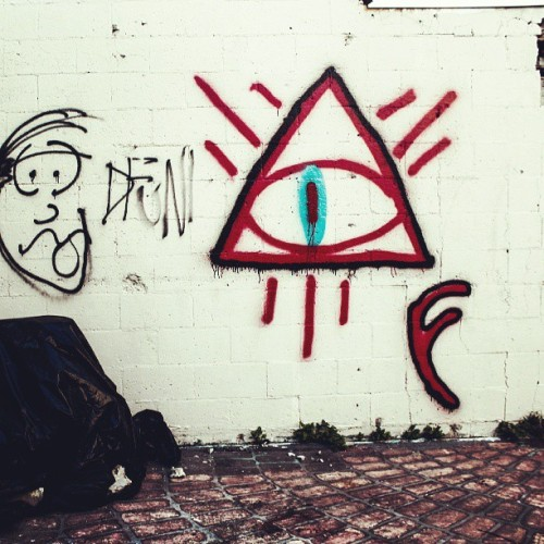 #color #photography #graffiti #illuminati #life #city #dark