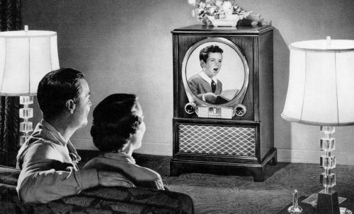 Thursday Night Entertainment - 1951 Zenith Television