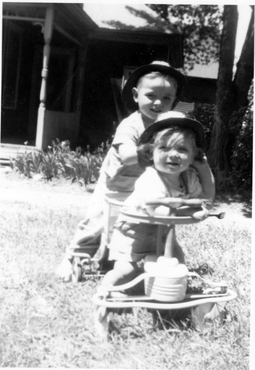 I tried but I can't resist! My dad and his big brother John, circa 1952. Don't their faces express every big-brother-little-brother relationship that ever was? Big Brother cocky and confident, Little Brother just trying to hang as best he can.