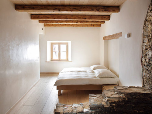 natural materials, minimal design (via desire to inspire - Sabrina Rothe extra)