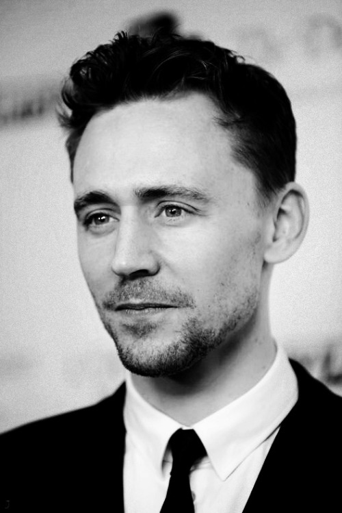 evans-gosling:  Favourite People: Tom Hiddleston
