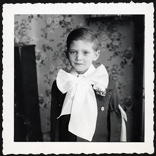 billiesummers:  Little Robert, looking like a young Arthur Rimbaud