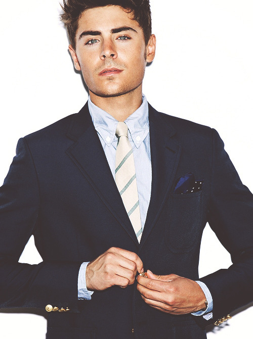 sexhilaration:  b1ush:  help  zac in a suit doe holy fuck