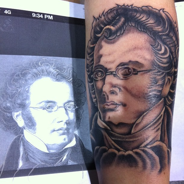 Crazy composer sleeve is on its way! @secondskintattoo Pete Fontes, u are the man!! #shubert #franzshubert #tattoo #portrait #keybaked #music #tattooconvention (at Rhode Island Convention Center)
