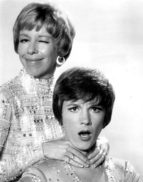 beinginlovewithclassic:  Julie Andrews and Carol Burnett