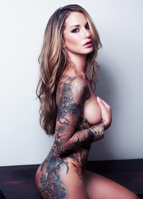 girlwithtattoos:  like us on facebook https://www.facebook.com/GirlWithTattoos