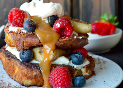 deliciously mixed french toast