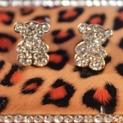 Diamanté Teddy Studs! www.blingbeadz.co.uk