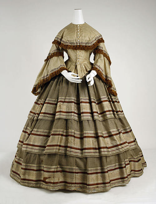 omgthatdress:  Dress 1857-1859 The Metropolitan Museum of Art