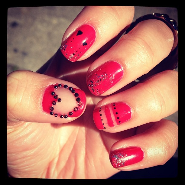 Some more love nails for the heck of it! #vday #love #nails #nailart #pink #cute #fashion #instafashion
