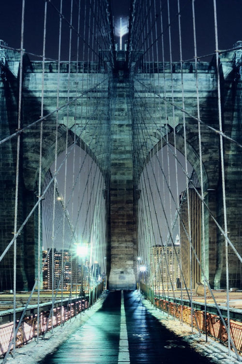 maybelline:  The romance of the Brooklyn Bridge.