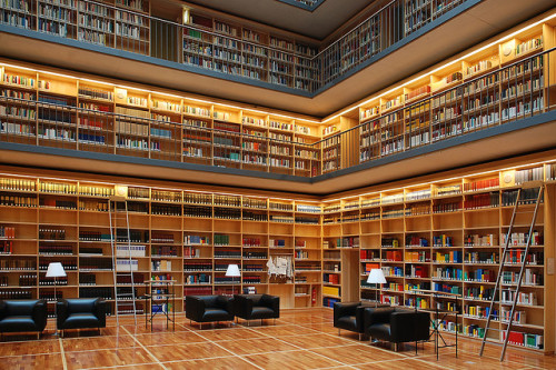 Weimar | Herzogin Anna Amalia-Bibliothek by Alex Korting on Flickr.