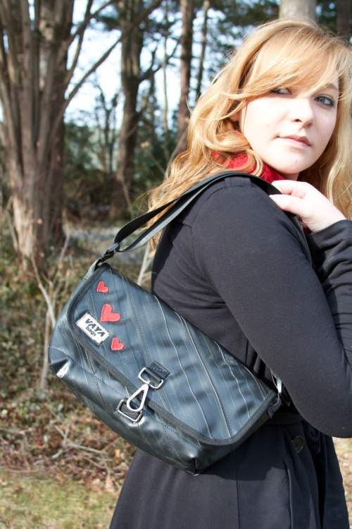 10 days left to get your #crush or sig-o a limited edition #vayabags Purse! #ValentinesDay2013 http://www.etsy.com/listing/120716990/valentines-special-limited-edition-bike Photo Credit: Veronica Sayers