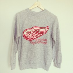 vintage basset walker red wings sweatshirt #thrifted #thrifting #thrift #vintage #detroit #redwings #forsale
