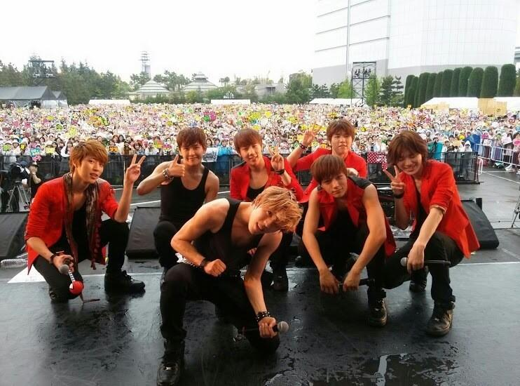 13lkim:  130519 Infinite Group photo! Welcome To Our Dream 2013 in USJ