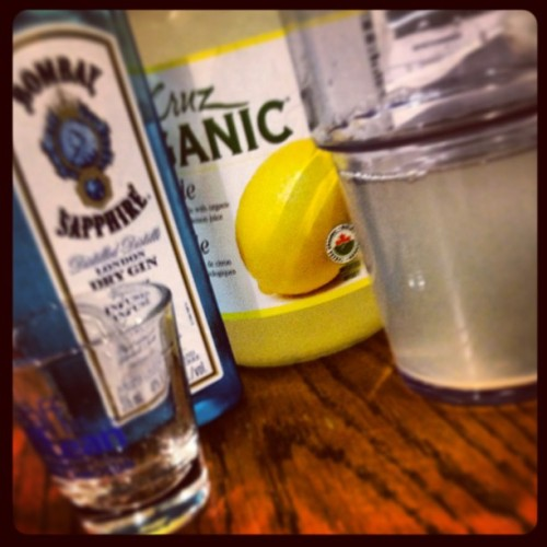 Got ur girl off that #bombaynlemonade .. Y'all kno wat Dat means! (at Tillicum Centre)