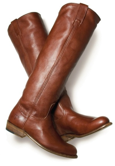 blondeinseattle:  Frye boots are a PNW must-have