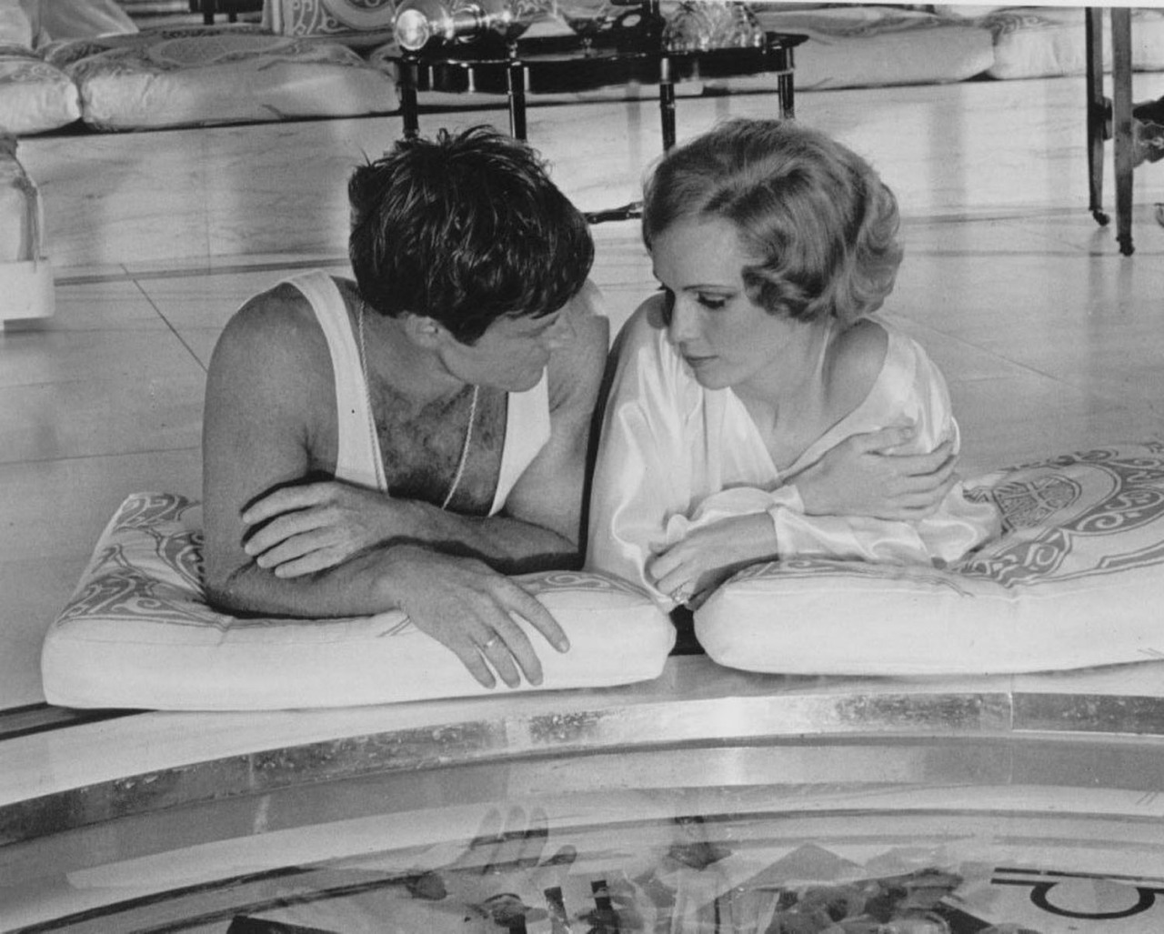 Robert Redford and Mia Farrow in 'The Great Gatsby', 1974