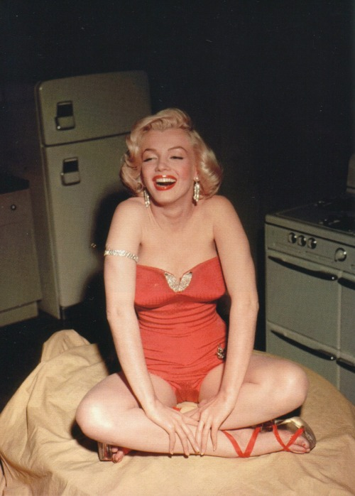 Marilyn Monroe on the set of How to Marry a Millionaire (1953)